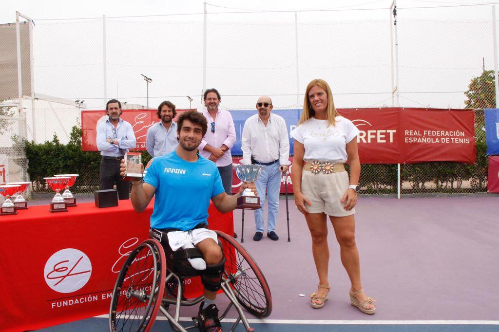 Image for Daniel Caverzaschi y Macarena Cabrillana, triunfan en el IX ITF Wheelchair Fundación Emilio Sánchez Vicario en La Ciudad de la Raqueta.